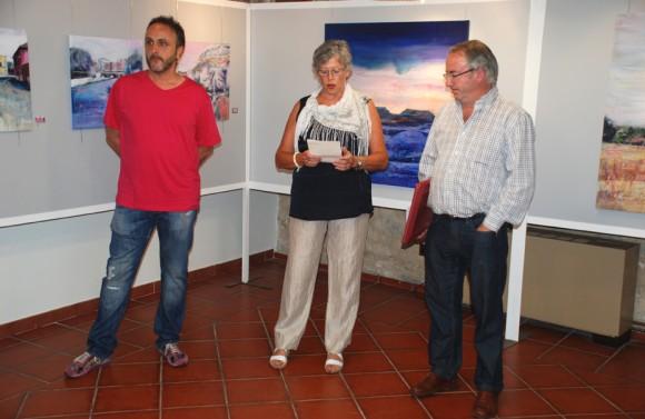 Con la presidenta de la Asociación Gloria y el alcalde de Villadiego II.